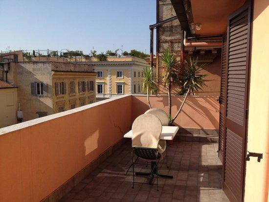 Hotel Caprice: balcony