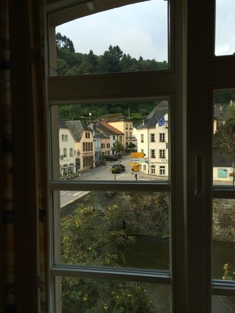 Hotel-Restaurant Victor Hugo : A view from the room