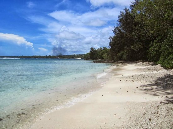 Erakor Island Resort & Spa : Remote beach on the other side of the island, all to yourself!