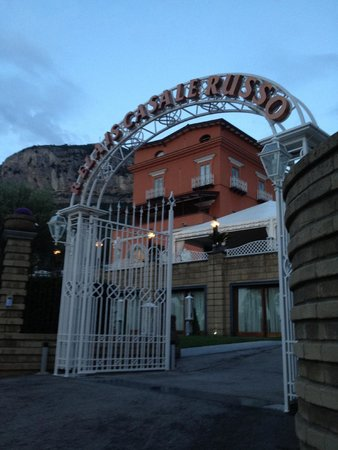 Antico Casale Russo: entrance