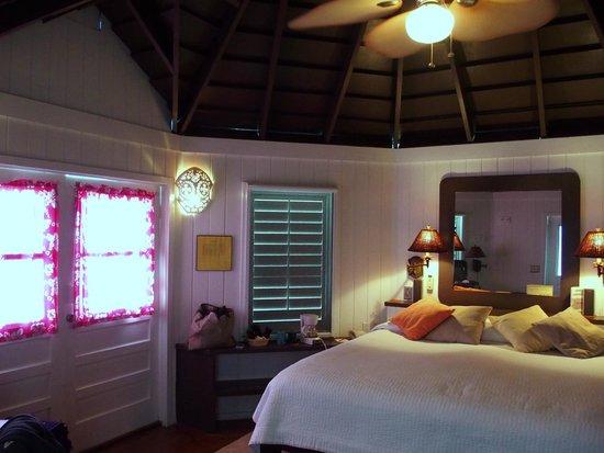 Compass Point Beach Resort: Camera