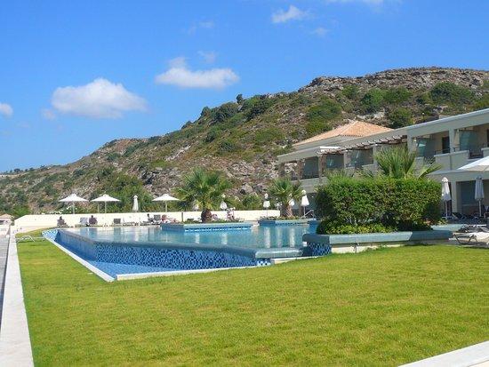 La Marquise Luxury Resort Complex: Piscine