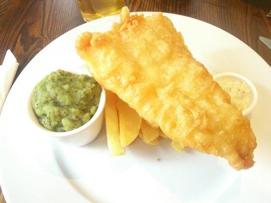 Crown Inn: fish