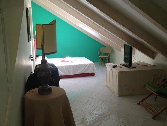 Villa Lara: room