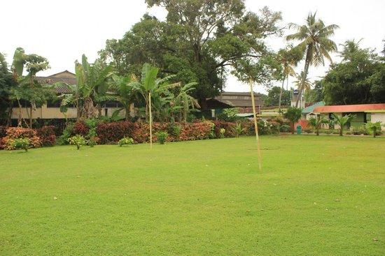 OYO 9992 Panoramic Sea Resort: Playing Ground