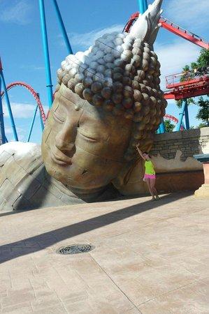 PortAventura World: Будда