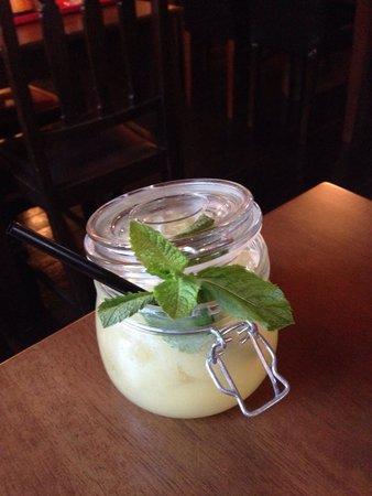 The ALB: Secret Garden virgin jam jar! Yummy 🍹