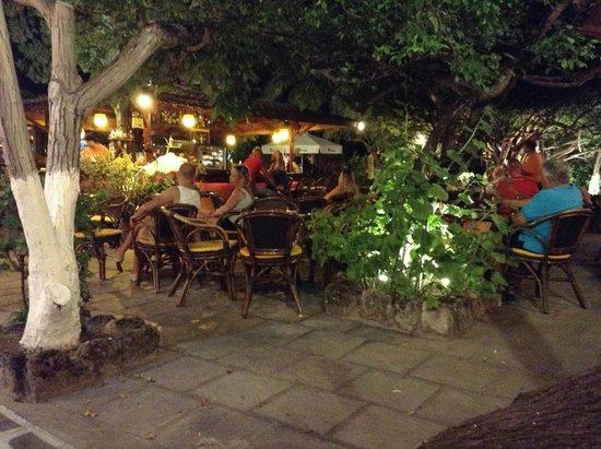Bar Socratous Garden