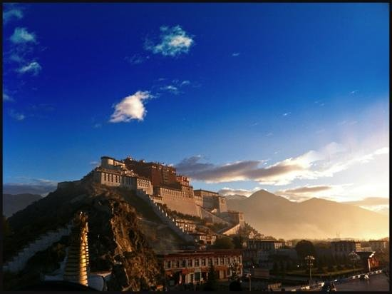St. Regis Lhasa Resort: The Potala Palace, breaking dawn.
