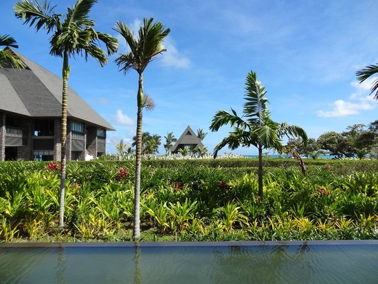 InterContinental Fiji Golf Resort & Spa: View from ground floor