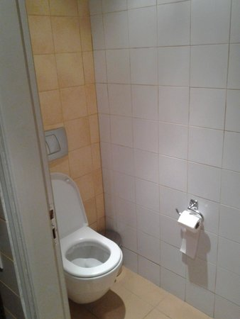 Argo Hotel: wc