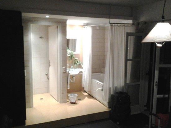Argo Hotel: bagno in camera...ma proprio in camera