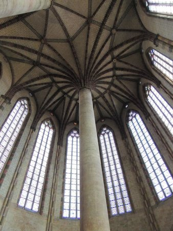 """Église des Jacobins : le célèbre """"palmier"""""""