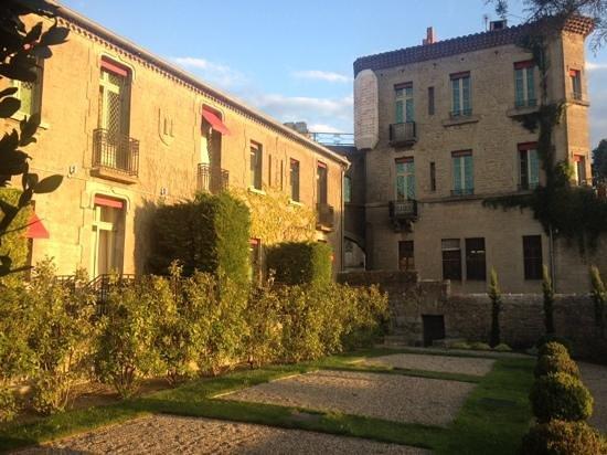 Hotel de la Cite Carcassonne - MGallery Collection: evening sun