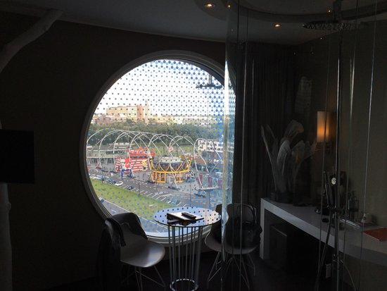Fletcher Hotel Amsterdam : Uitzicht op de A2