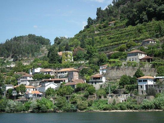 Rio Douro: un village perché