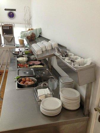 ALS Hotel: La colazione CHIUDE alle 9.30!