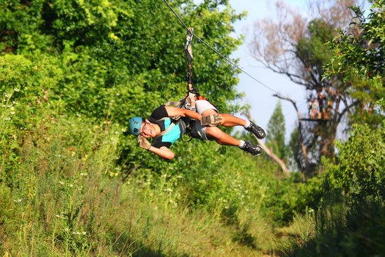 Northshore Zipline Co. : Sideways