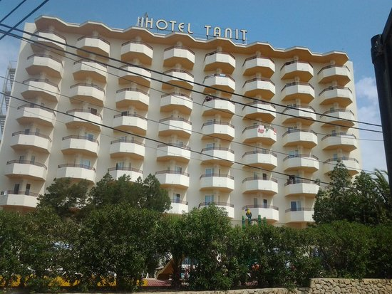 Fiesta Hotel Tanit: Reps, Michael and Katie, really helpful