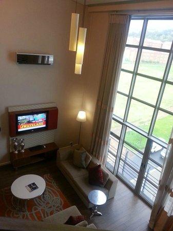 DoubleTree by Hilton Cape Town - Upper Eastside: suite