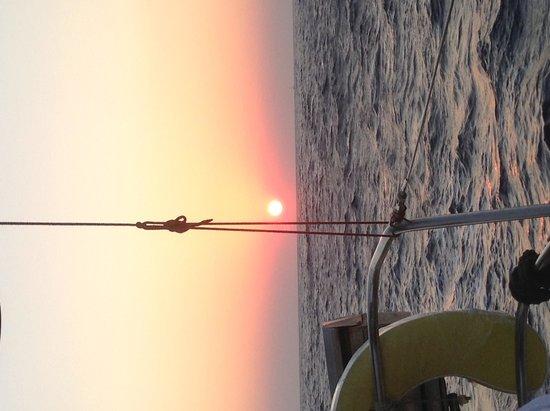 Cliff Side Suites : fantastic boat trip