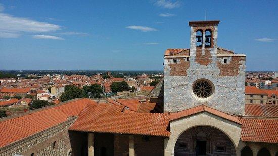Palais des rois de Majorque : Vue sur Perpignan