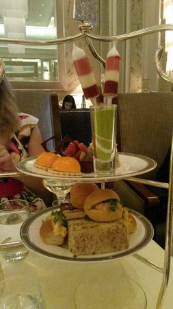 Palm Court at The Langham: Yummy food. Also included lovely warm scones with jam and clotted cream