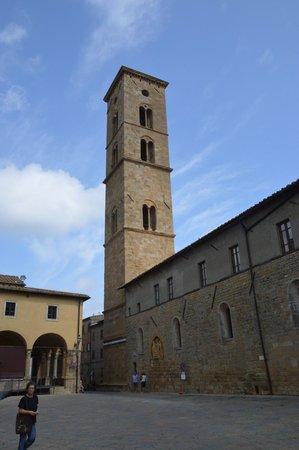 Villa Montaperti: Scorcio di Volterra