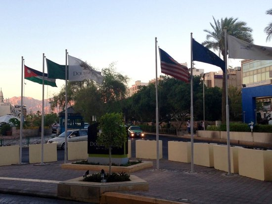 DoubleTree by Hilton Hotel Aqaba: out front