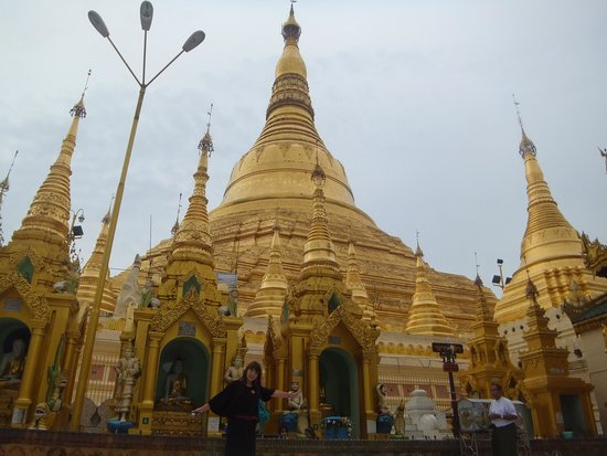 Shwedagon Pagoda: 素晴らしいです