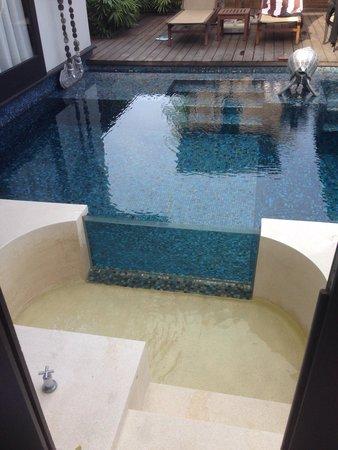 Anantara Mai Khao Phuket Villas: The outdoor bath.