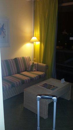 IFA Buenaventura Hotel: chambre coin salon