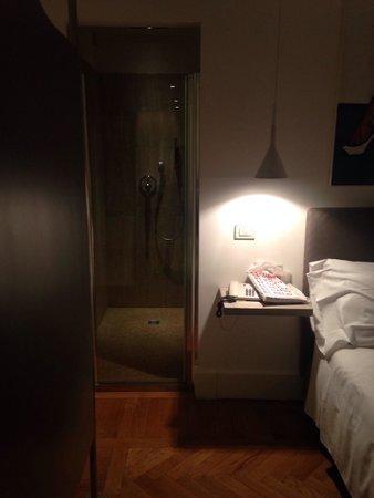 douche dans la chambre picture of hotel principe di