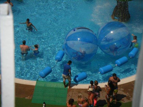 Evenia Olympic Park: The orb balls