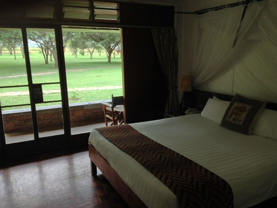 Keekorok Lodge-Sun Africa Hotels: Another view of the room