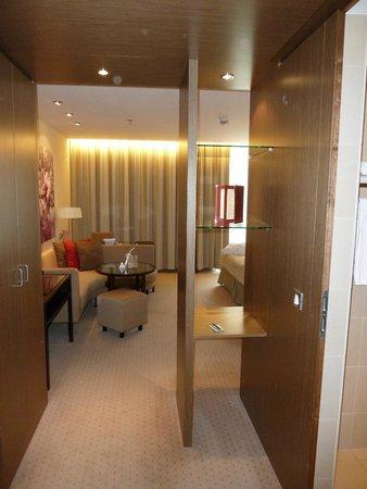 Austria Trend Hotel Savoyen Vienna: Номер из холла