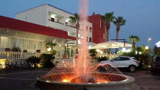 HOTEL MEDITERRANEO!