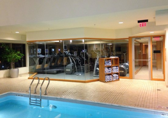 Hartford Marriott Downtown: 22nd floor pool and exercise room - August 2014