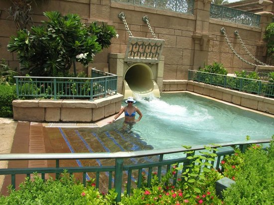 Aquaventure Waterpark: 2