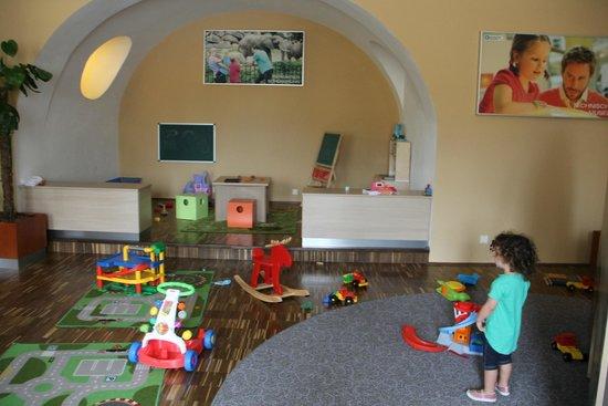 JUFA Hotel Wien City: one of 3 child play area