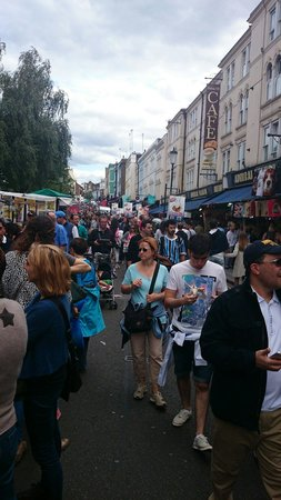 Portobello Road Market: Afternoon walk. Food street is good. Lots of 2nd hand stores.