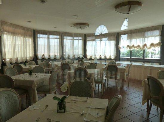 Hotel San Giorgio : Hotel Restaurant (Smoking Area)