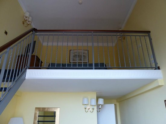 Hotel San Giorgio : Mezzanine floor in room 101