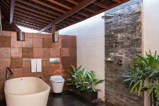 Black Penny Villas Ubud: Bath Room