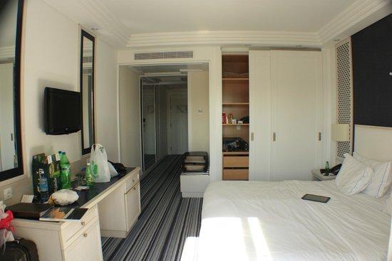 Real Marina Hotel & Spa: hotel room