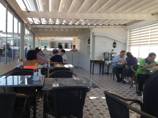 Hotel Darussaade Istanbul: Breakfast