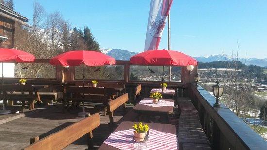Berggasthaus Hennleiten: die Terrasse