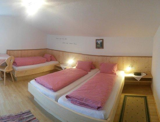 Berggasthaus Hennleiten: Zimmer