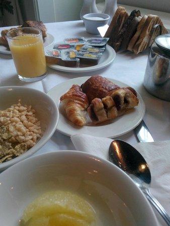 The Inveraray Inn: Colazione