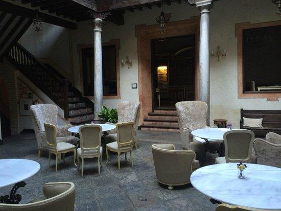 Hotel Casa 1800 Granada : Patio (komplett)